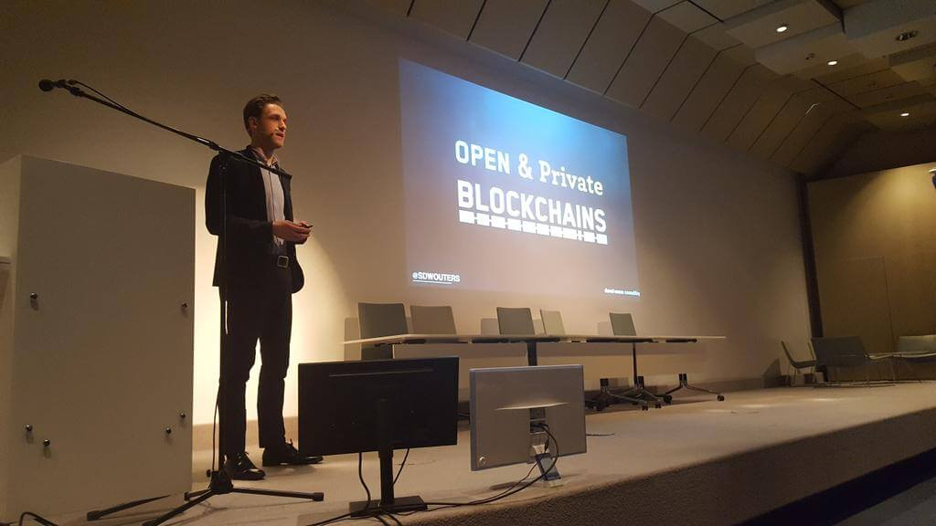 Open & Private Blockchains CSCMP